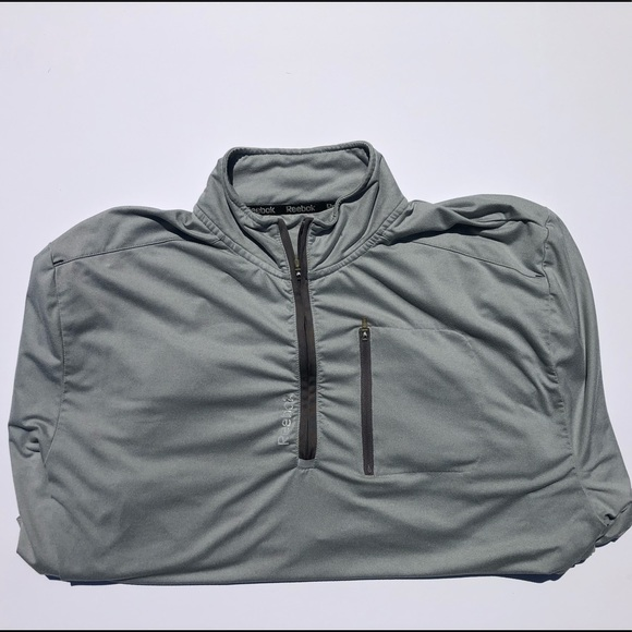NEW Windbreaker Jacket sz XL Dunbrooke Red-White /& Gray Long Sleeve